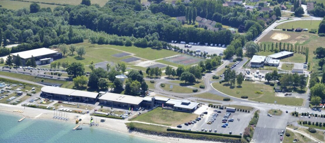 equi-centre-sportif-lacs.jpg
